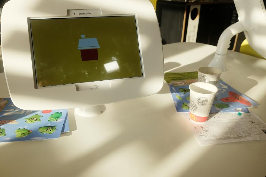 Children's McDonald's play tablet: McDonalds Restaurant