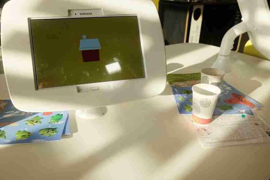 Children's McDonald's play tablet: McDonalds Restaurant