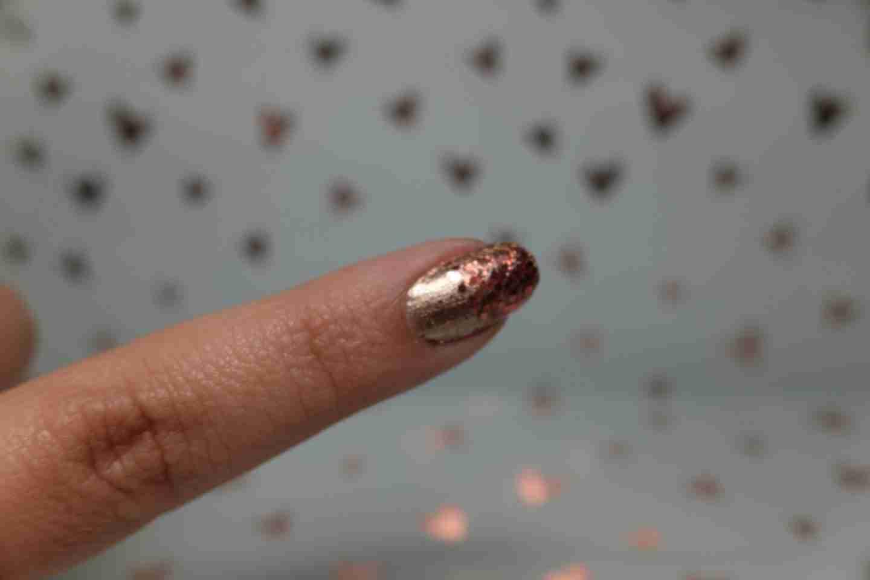 Metallic Accent Nail