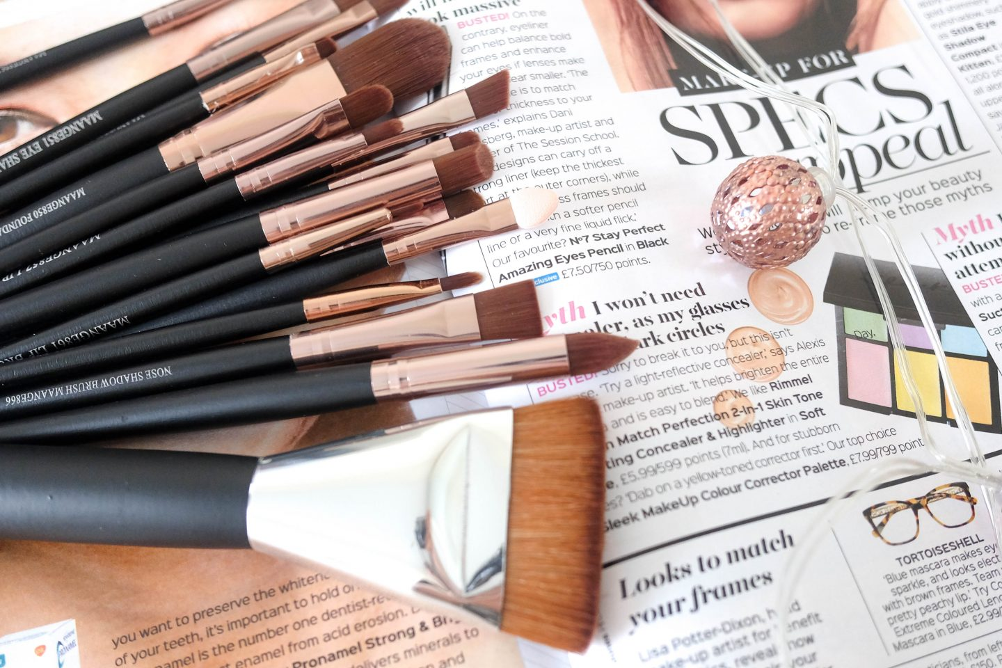 Best Makeup Brushes and Beauty Blenders Set For Beginners
