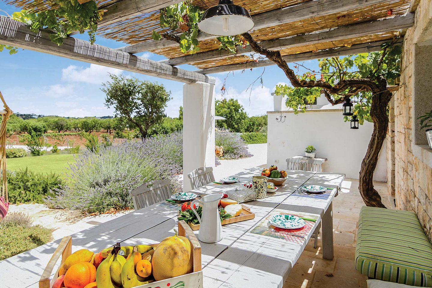 outdoor made-up dining table.