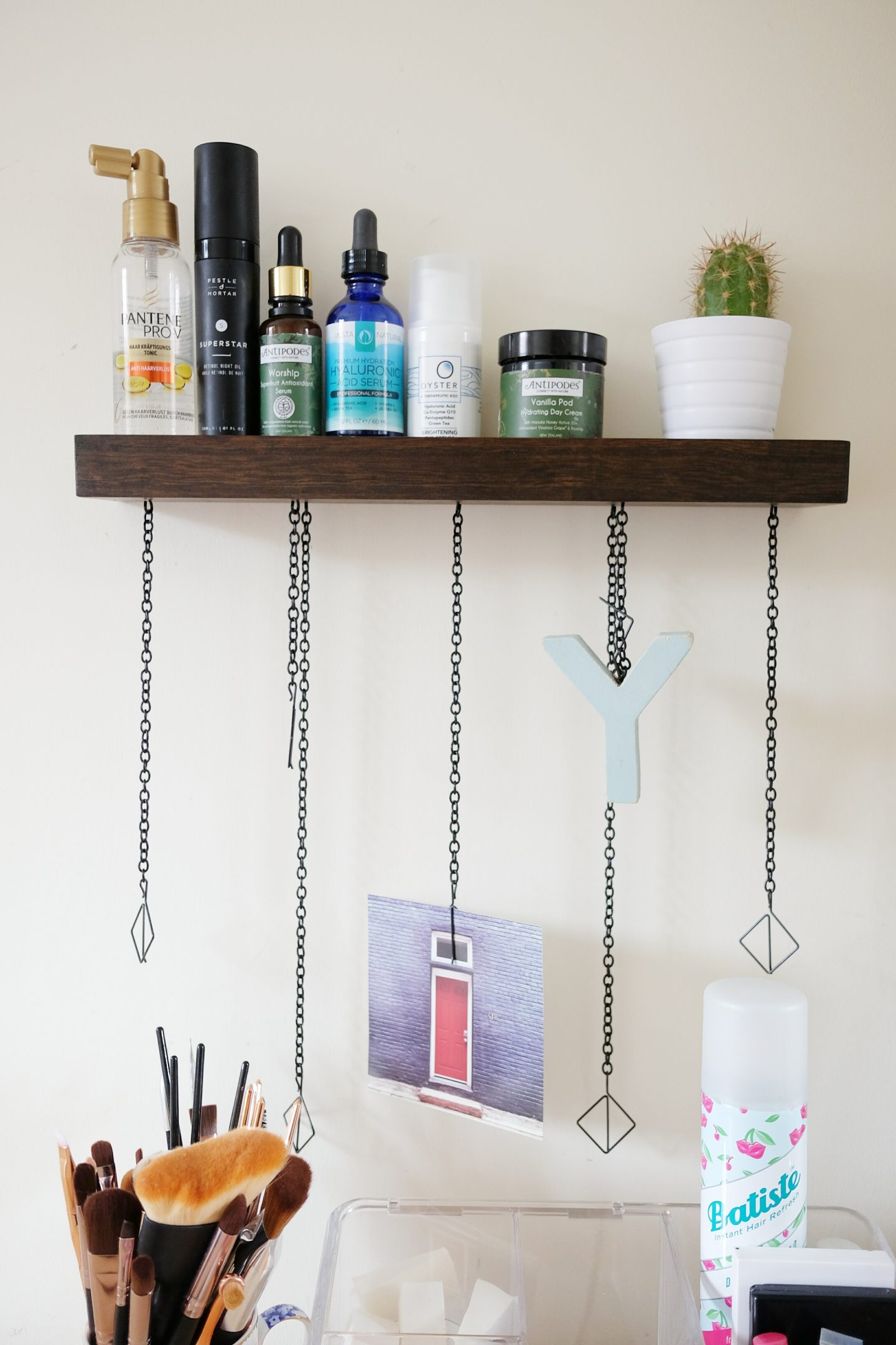 Organizational Tips For Even The Smallest Dressing Table