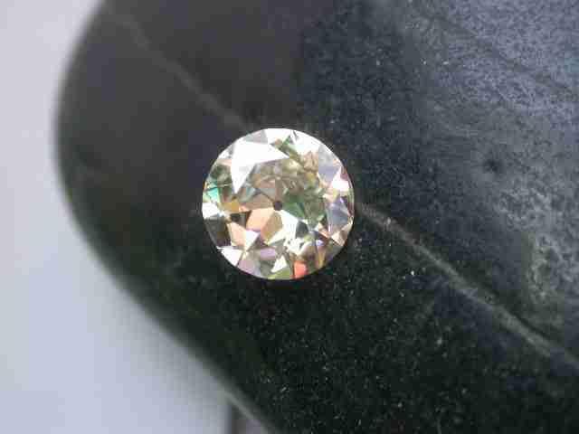 Moissanite: Alternatives to Diamond Engagement Rings