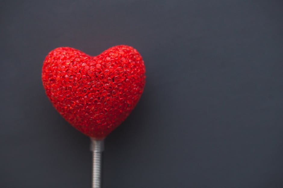 red heart balloon: dating advice