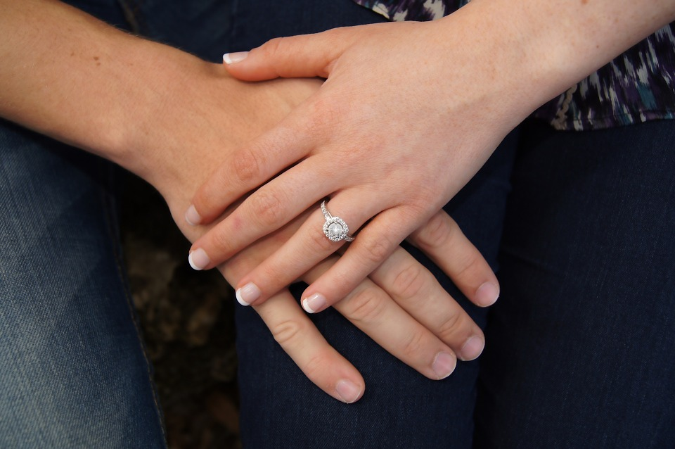 purchase an engagement ring