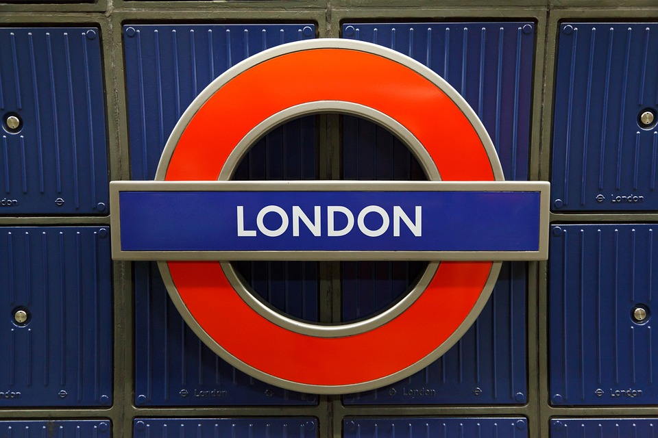 London tube sign: London students