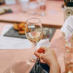 Pewson holding wine glass: getting rid of bad habits