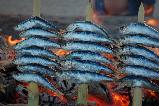 Grilled Anchovies on the Beach