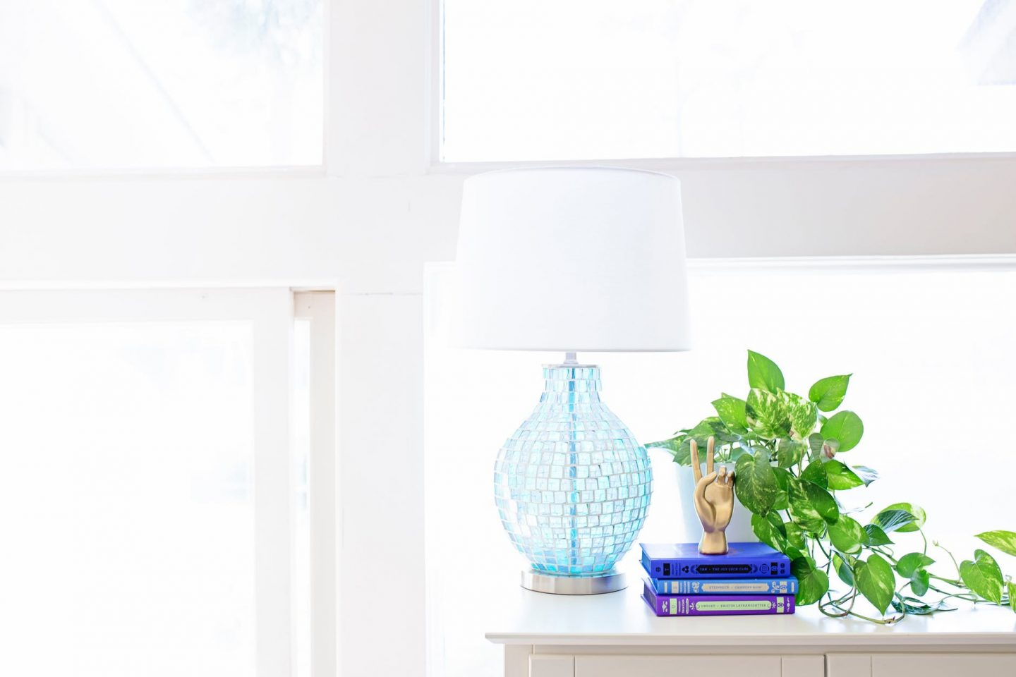 6 Ways To Get Your Living Room Ready for Spring