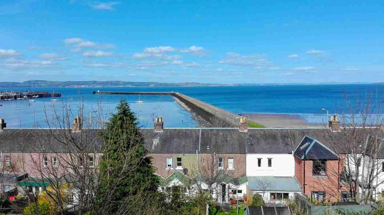 road trip to Edinburgh: Leith harbour
