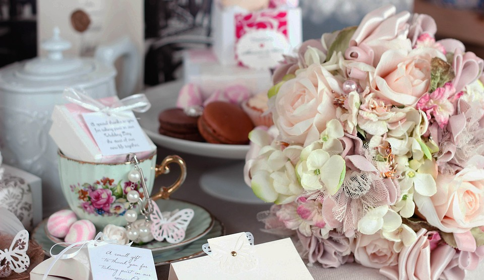 collection of wedding gifts: wedding themes