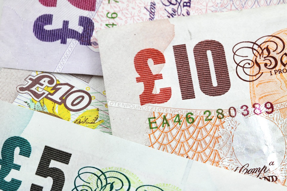 good driver: Pound Sterling notes
