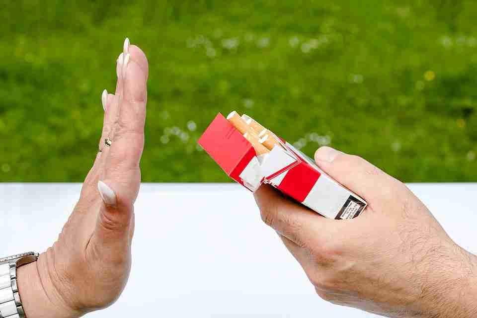 quitting smoking: pack of Marlboro cigarettes.