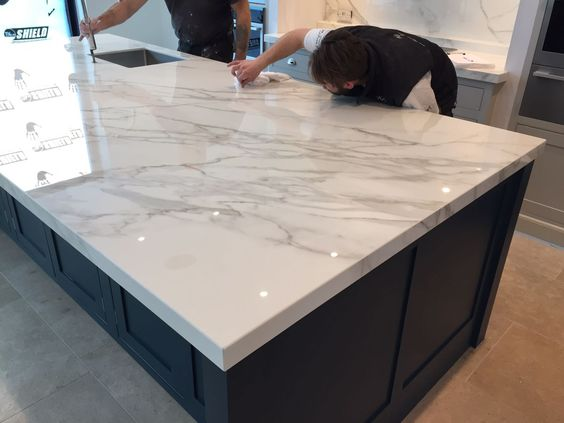 kitchen of my dreams: marble large table.