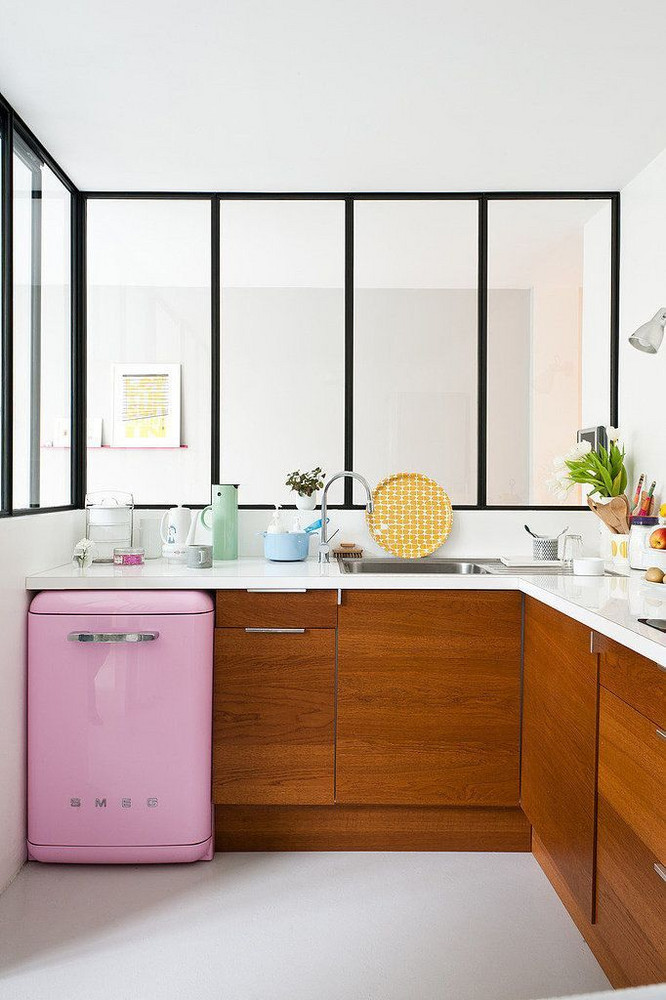 kitchen of my dreams: with pink small fridge.