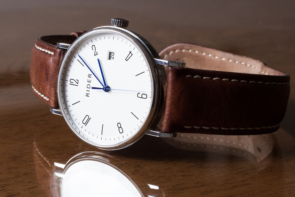 men's jewelry: brown leather silver watch