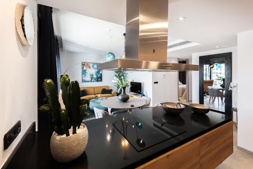 How To Make Your Kitchen Appear Bigger Than It Really Is