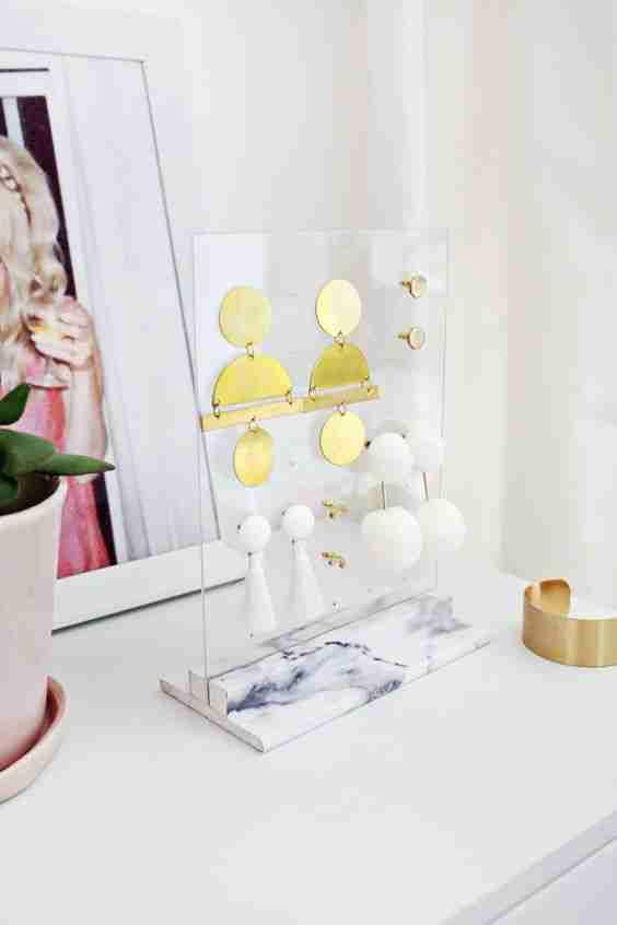 Super Simple DIY Ideas for Beginner DIY'ers