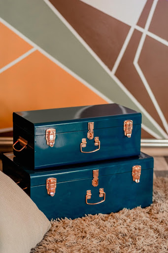 blue and gold small storage chests: precious metals