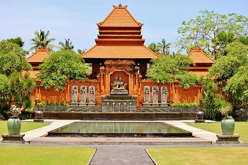 guide to Ubud: Temple