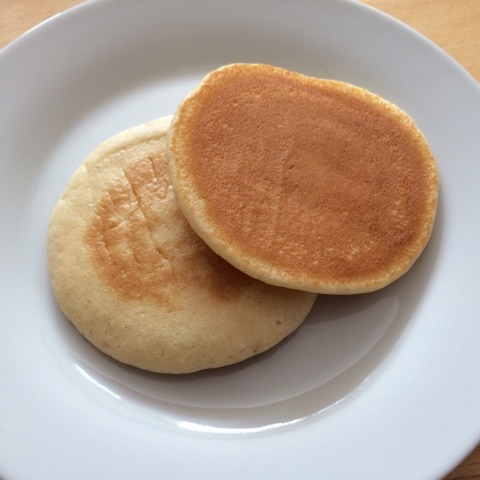 weight loss meals: pancakes on plate.