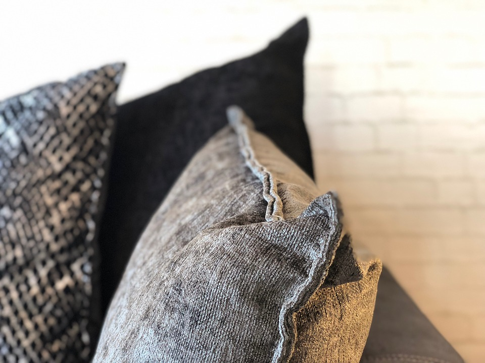 sofa cushions reupholstery services