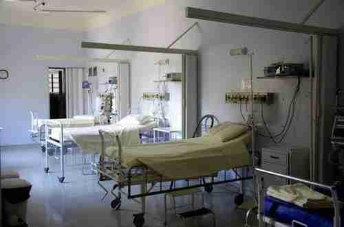 hospital beds: managing medical waste