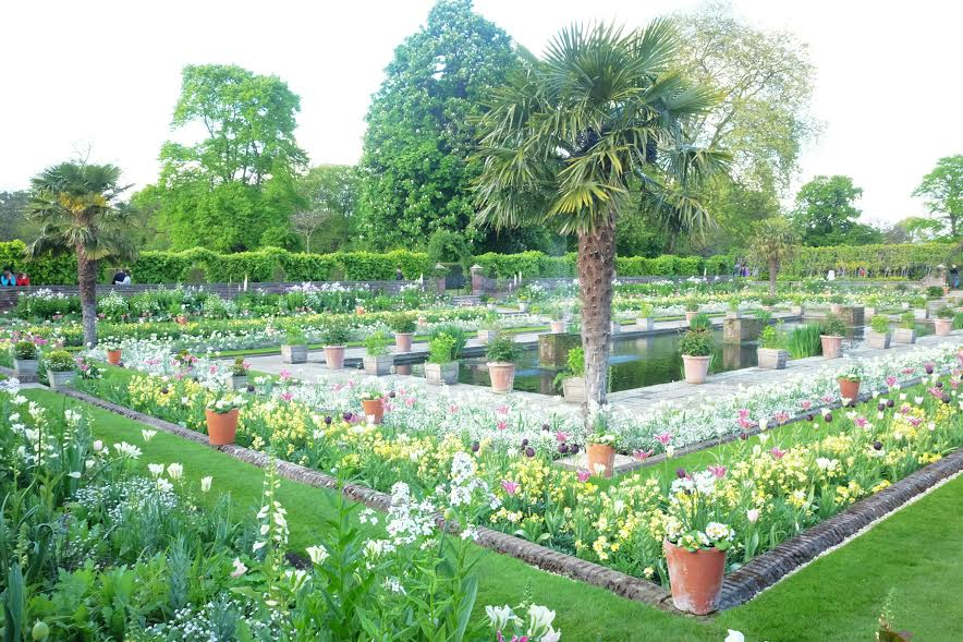 London on a budget: Kensington Palace Gardens.