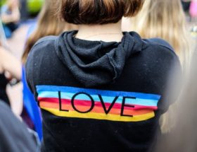 lesbian love online