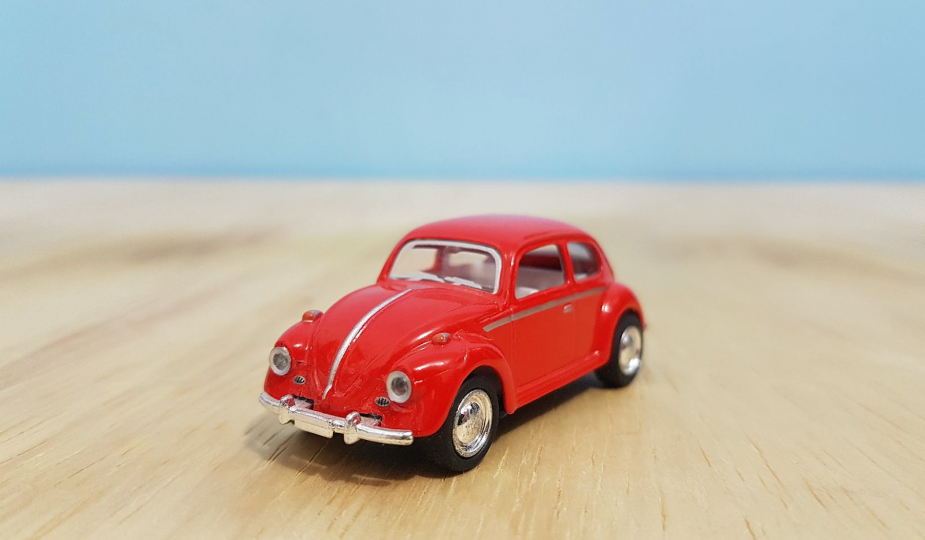 when you sll your car: red Beetle car.