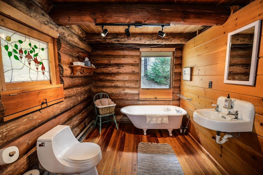 log cabin plans: log cabin bathroom