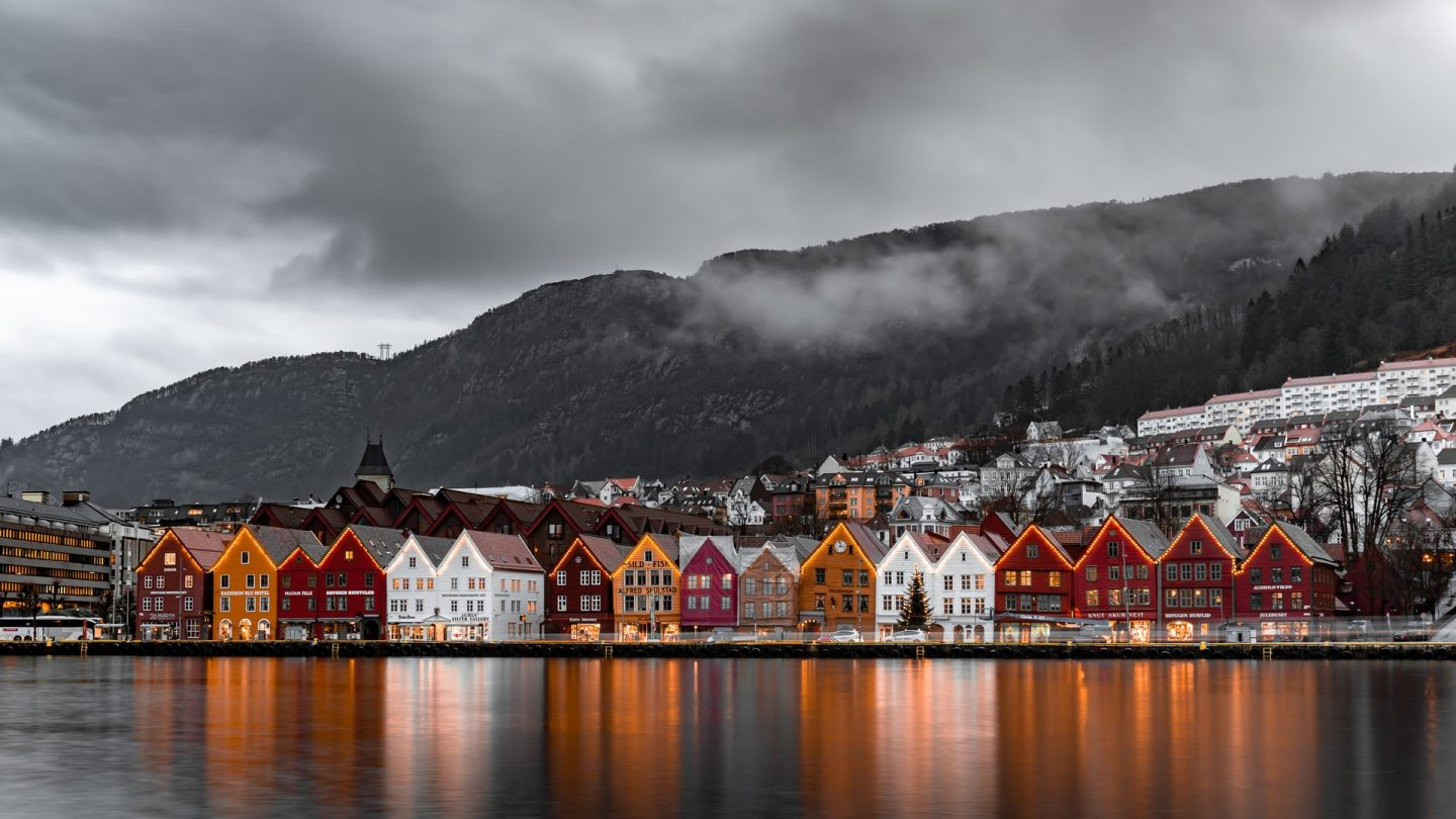 safest countries to visit