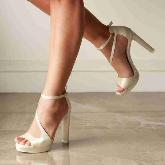 Venusta Ivory Wedding Shoes