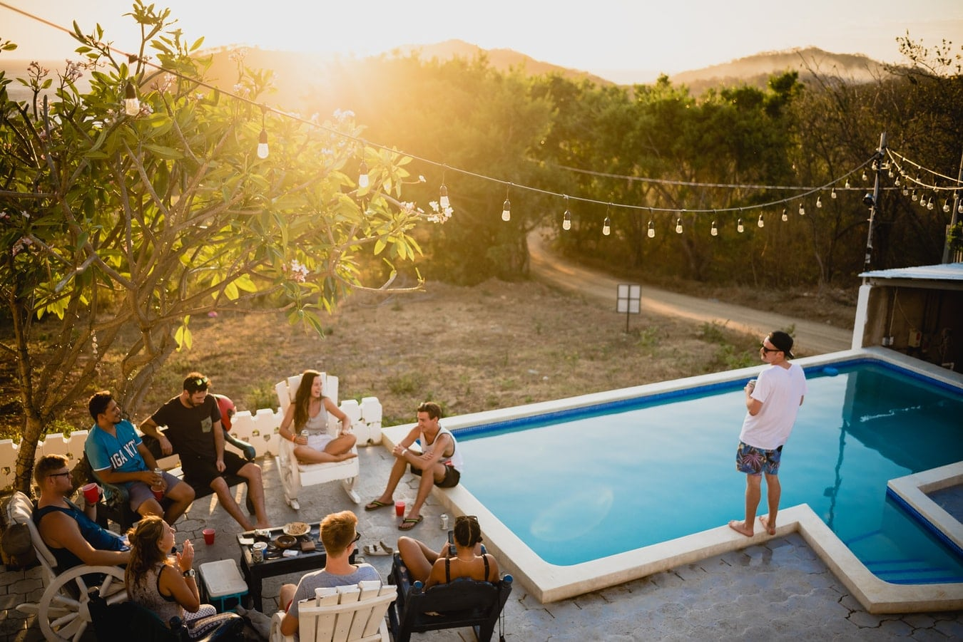 How To Plan An Exciting Summer Evening With Your Friends