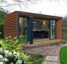 outdoor building in garden: great foundation for a garden building