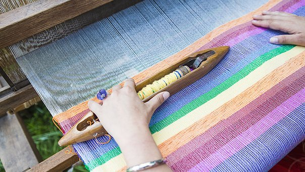 weaving brightly coloured rug: use floral printsuse floral