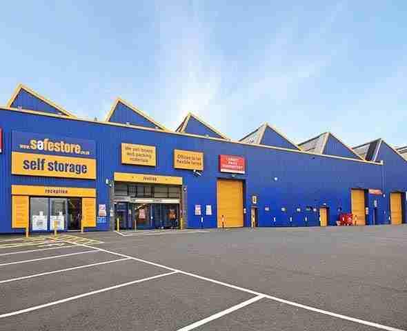 business storage units deals